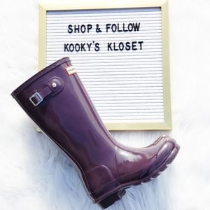 100% Authentic Gorgeous Plum  Hunter Boots